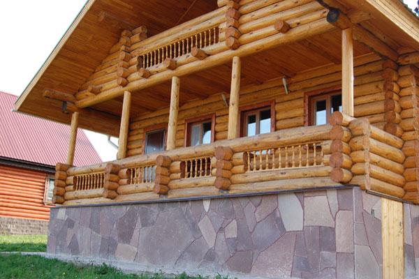 Отделка фундамента деревянного дома