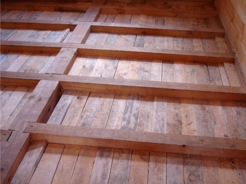 Укладка чернового пола в деревянном доме