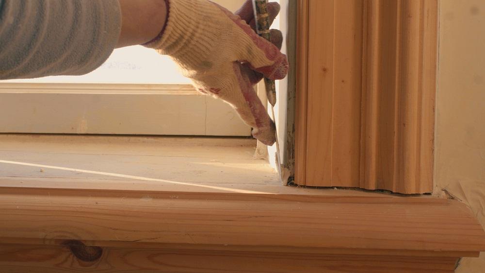 отделка откосов и подоконника окна внутри дома